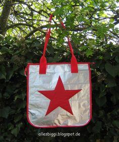 Tote Bag aus Kaffeetüten und alten Schirmen / Tote bag made from coffee bags and umbrellas / Upcycling