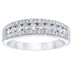 Round Brilliant 0.50 ctw VS2 Clarity, I Color Diamond 14kt White Gold Band - Costco $599.99