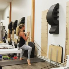 pilates video The flow breakdown : Bicep curl. Bicep curl both heels lift. Hold the curl pulse Cardio Pilates, Pilates Reformer Exercises, Pilates Video, Pilates Workout, Pilates Certification, Pilates Instructor, Pilates Studio, Pilates Classes, Workout Machines