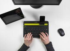 Hay diseños tan ingeniosamente sencillos que enamoran a primera vista y nos hacen quererlos de inmediato. Este es el caso del teclado K480 diseñado por el estudio holandés Feiz Design para la empresa Logitech, conocida por su majestuoso repertorio de accesorios para computadoras y gadgets.