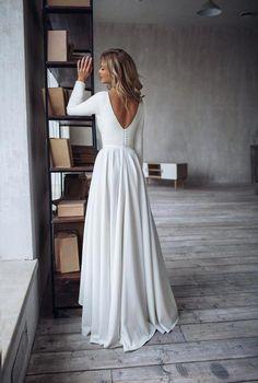 Simple Wedding Dress Dalarna High Low Skirt Wedding Dress Etsy Longsleevedweddingdresses Etsy Wedding Dress Wedding Dresses Simple Wedding Dress Long Sleeve