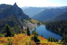 Mount MacCausland  Pretty Fall Colors! 9; 1800 + hike down to lake Off hwy 2