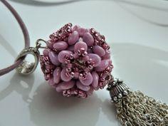 Silkes Perlendesign: Blumenwalze(r) mit Superunos Beading Projects, Beading Tutorials, Beading Patterns, Beaded Beads, Beaded Jewelry, Pearl Design, Bead Crochet, Creative Crafts, Lampwork Beads