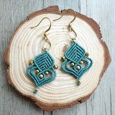 macrame earrings, hoop earrings, macrame jewelry Makramee Ohrringe, Creolen, Makramee Schmuck Related posts: No related posts. Macrame Jewelry Tutorial, Earring Tutorial, Macrame Necklace, Macrame Bracelets, Diy Necklace, Diy Gemstone Earrings, Boho Earrings, Crochet Earrings, Diy Fashion Projects