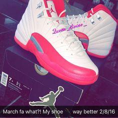 Air Jordan 12 lila