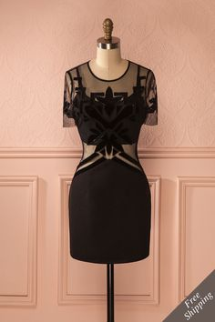 Inspirée par l'Art Déco et les Années Folles, elle danserait avec style !  Inspired by art deco and the roaring 20's, she was moved to go out dancing in style! Black mesh and velvet cut-outs fitted dress https://1861.ca/collections/products/dalvica