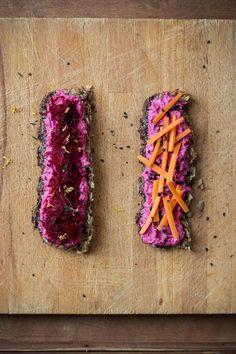 Ein (life changing) Brot und 6 gesunde Aufstriche: Rote Bete, Lauch, Pastinake, Süßkartoffel, Avocado & Hanf (teils vegan) - Carrots for Claire