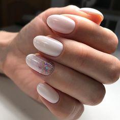 Фото маникюра на июнь 2017, маникюр лето 2017, весенний дизайн ногтей, летний маникюр 2017, маникюр с цветами, дизайн ногтей хлопьями юки, стильный маникюр.