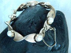 Boucher 6 Real Pearls Bracelet by EMERALDLAKEJEWELS on Etsy