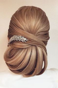 Best Wedding Hairstyle Trends 2017 ❤ See more: http://www.weddingforward.com/wedding-hairstyle-trends/ #weddings