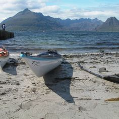 The blending of beach, mountains, and kayaking. The recipe for happiness. Scotland