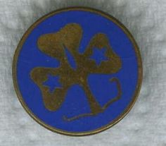 Vintage World Guide badge. Worn with promise badge. It is enamel & brass. You had to polish it.