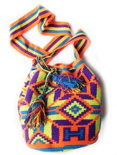 LOVLEY STYLE  http://www.musthave.de/trends/wayuuu-taschen.html