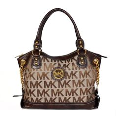 If You Are Planning To Buy Michael Kors Jacquard Monogram Large Brown Satchels, I Should Suggest You To Buy Now! Michael Kors Bags for Cheap Prices. Boutique Michael Kors, Outlet Michael Kors, Look Fashion, Kids Fashion, Womens Fashion, Fashion Styles, Runway Fashion, Fashion Site, Fashion Boots