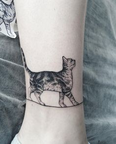 Cute cat wrist tattoo - 100  Examples of Cute Cat Tattoo  <3 <3