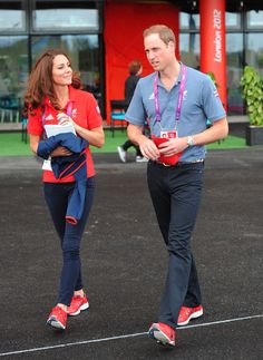 Kate Middleton's first solo royal engagement since birth of Prince George takes place on 18 October - Photo 1   Celebrity news in hellomagaz...
