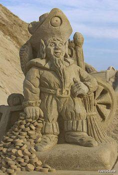 Ahoy Mate - Sand Sculpture