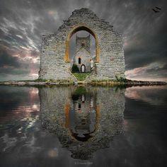 Ruines de château en Ecosse par S. Howse