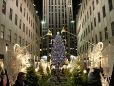 rockefeller center at christmas, I want to go here for Christmas
