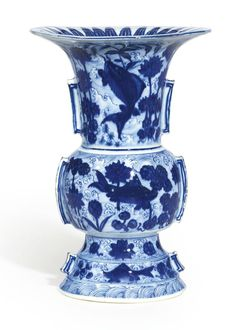 A very rare blue and white 'Carp and Lotus' vase, zun, Ming dynasty, Jiajing period