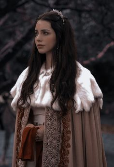 Queen Aesthetic, Princess Aesthetic, Classy Aesthetic, Queen Mary Reign, Mary Queen Of Scots, Serie Vampire Diaries, Marie Stuart, Foto Fantasy, Reign Dresses
