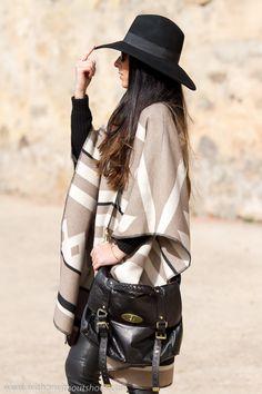 #Blogger #poncho etnico sombrero y Bolso #Alexa de #Mulberry