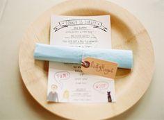 Super cute menues and placecard napkins #menu #placecard