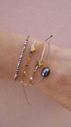 Silver beaded bracelet.Tiny silver beaded bracelet.Minimalist