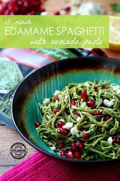 Nutrient-rich Edamame Spaghetti coated in a creamy avocado pesto is bursting with flavor, and comes together so easy and quick, in only 15 minutes! Check it out via @fitfluential #FitFluential #beanpasta #ad