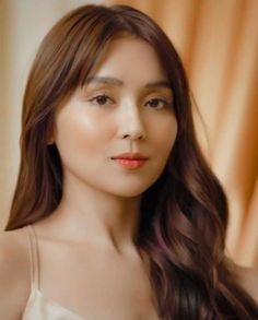 Kathryn Bernardo Hairstyle, Filipina Actress, Beautiful Girl Makeup, Blue Hearts, Cant Help Falling In Love, Aesthetic Girl, Asian Beauty, Bb, Celebrity