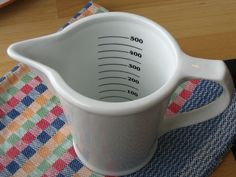 """COOKING MEASUREMENT CONVERSIONS: If you can't remember how many teaspoons are in a tablespoon and wonder what a """"pinch"""" is, this should help. We've listed the more common cooking measurement equivalents that we tend to come across! Liquid Measuring Cup, Measuring Cups, Cooking Measurement Conversions, New Recipes, Cooking Recipes, Cooking Hacks, Diy Household Tips, Cooking Measurements, Old Farmers Almanac"""