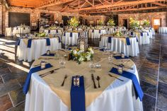 Snuffins Catering| Historic 1625| Burlap | Navy Blue| Wedding| Tacoma| Gig Harbor| Catering