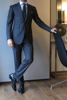 Via paul-lux: MTM Orazio Luciano suit Bespoke Lucca shirt Drake's Tie Anderson & Sheppard PS John Lobb shoes