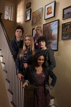 My Babysitter's A Vampire- from left, Benny, Erica, Sarah, Ethan and Rory Disney Cast, Old Disney, Disney Xd, Kate Todd, My Babysitter's A Vampire, Vampire Pictures, Lil Peep Beamerboy, Kid Cobra, M Anime