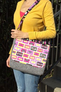 Free Messenger Bag Sewing Project Download from Robert Kaufman