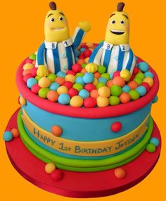 Bananas in pyjamas cake with balls