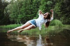 100 Magical Levitation Photography Examples to Inspire You | Photodoto
