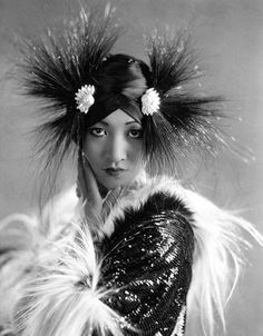 """Musetouch Visual Arts Magazine  """"Every time your picture is taken, you lose a part of your soul."""" Anna May Wong."""