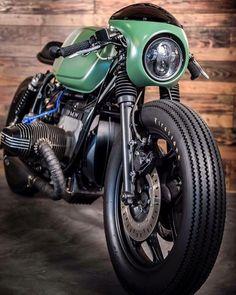 12K vind-ik-leuks, 21 reacties - CAFE RACER  caferacergram (@caferacergram) op Instagram: ' by CAFE RACER | TAG: #caferacergram |  Introducing the 'Greenlight Racer' BMW R80 by @eakkspeed…'