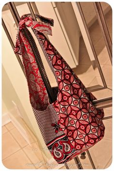Reversible Hobo Bag Tutorial