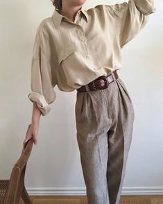 Freja aura on for the love of vintage silk shirt maradvintage gifted kelsey auf quot; Edgy Outfits, Mode Outfits, Fashion Outfits, Fashion Pants, Fashion Tips, Hippie Outfits, Fashion Images, Fashion 2020, Skirt Outfits