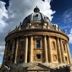 Oxford ❤️ #radcliffecamera #oxford #vacation
