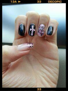 Black/pink glitters n studs