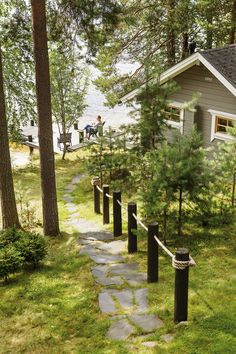 Lake Cottage, Garden Cottage, Cottage Homes, Cottage Design, Cottage Style, Garden Paths, Lawn And Garden, Caribbean Homes, Summer Cabins