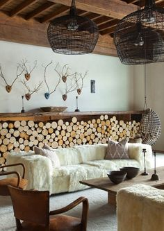 How cozy does this rustic living room look?