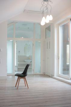 hotel room minimalist design