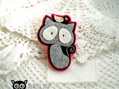 Felt Brooch  Embroidered Cat Brooch by MemecoShop on Etsy