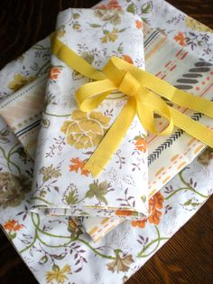 TWIN Sheet, Twin Size FLAT Sheet PERCALE White with Floral in Orange Brown Yellow, Set of 2 Pillowcases, Flat Sheets for Twin Beds Bedding by chloeswirl on Etsy