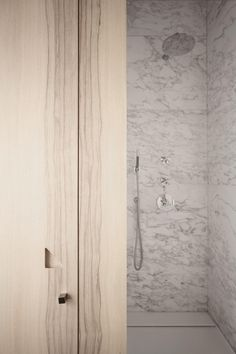 Shower - Apartment in Italy by UdA - Architetti Associati picture by Carola Ripamonti