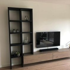 Oak TV cabinet and cabinet New Living Room, Living Room Sofa, Living Room Interior, Home And Living, Living Room Decor, Home Room Design, Living Room Designs, House Design, Southern Living